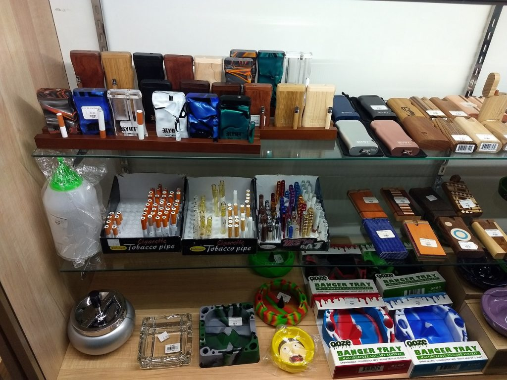 Smoking Acc Image 3 1024x768 - Smoking Accessories Bay City MI